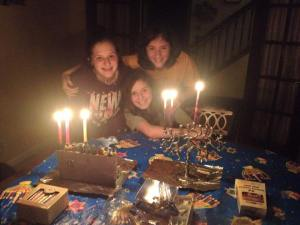 girls chanukah 2014